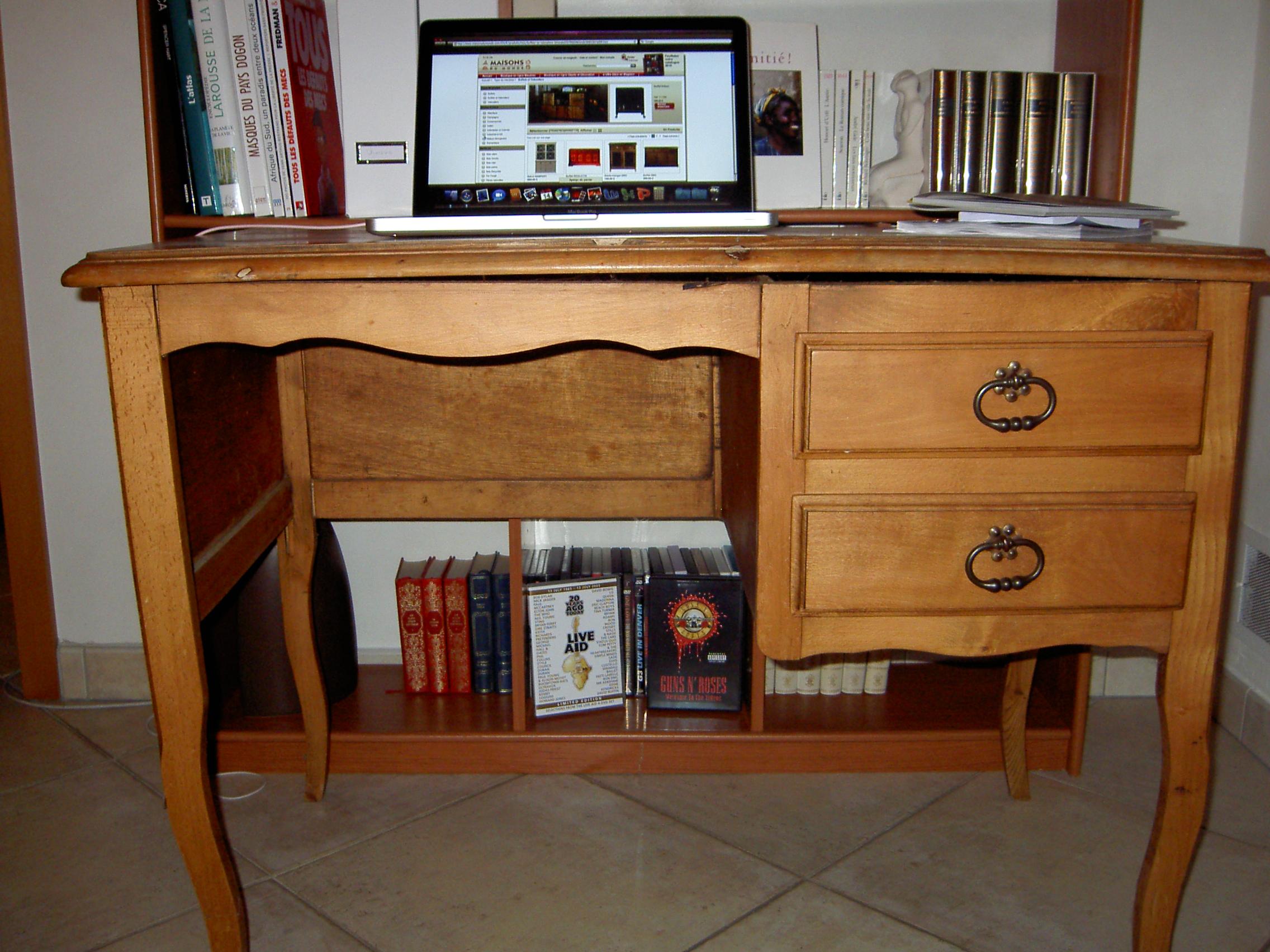 Relooker un bureau ancien de style Louis XVI Des papiers et des